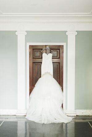 Glamorous Trumpet-Style Enzoani Wedding Dress