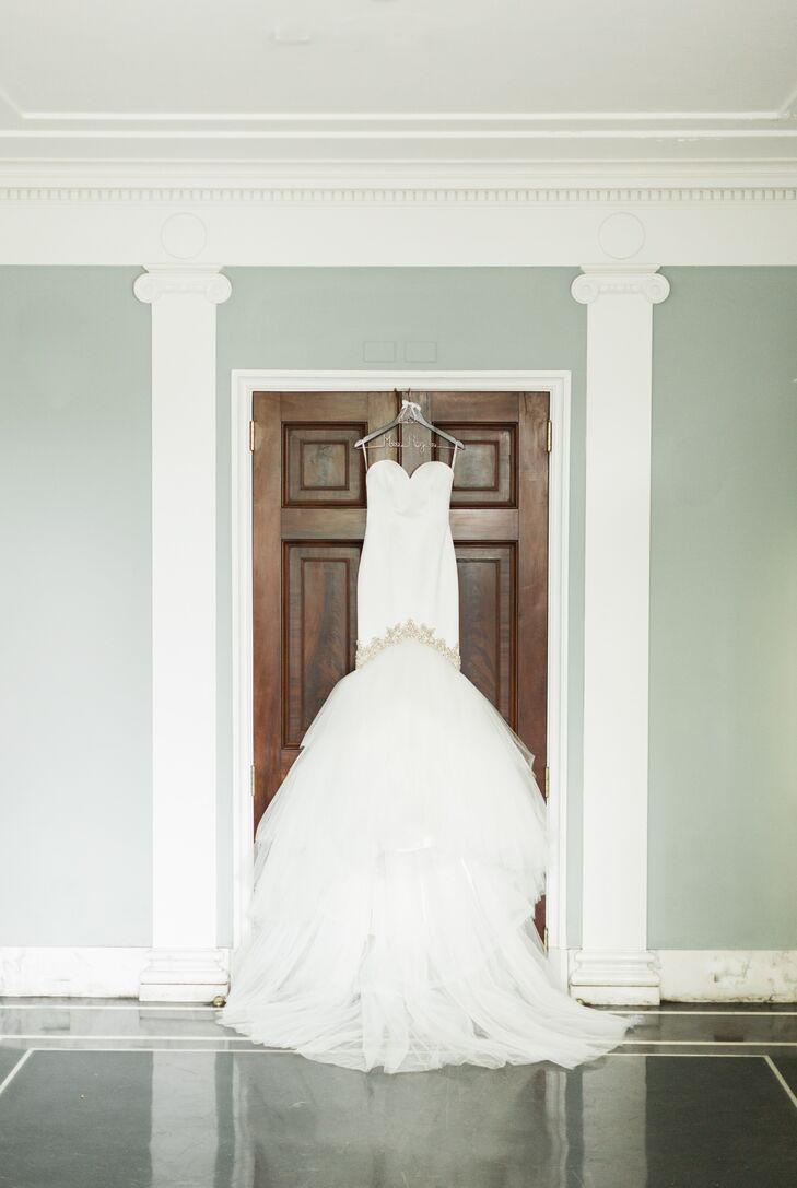 Bonnie's Enzoani wedding gown featured a trumpet-style silhouette with beading along the knee.