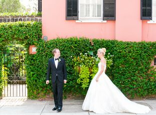 Carrie Bergmans (29 and a transplant hepatology physician's assistant) and Ryan Stidham (37 and a gastroenterologist) romantic Southern plantation wed
