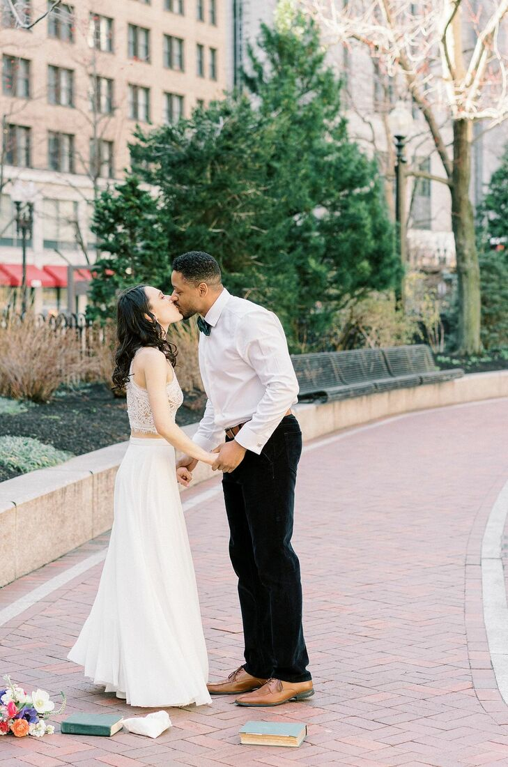 Couples Shares Kiss in Park in Downtown Boston, Massachusetts