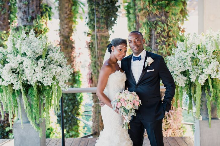 Talk about a marriage of personalities! Kristin Grant (29 and a lawyer) and Andrew Mbaya (38 and in finance) combined his favorite modern decor and he