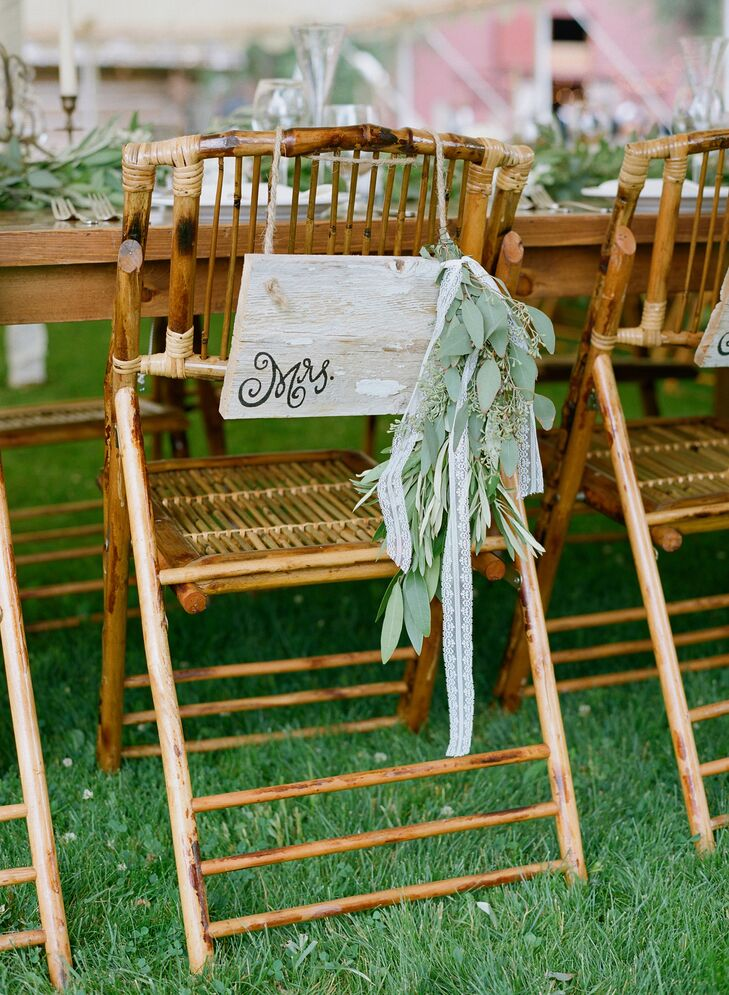 Seeded Eucalyptus, Leaf-Decorated Wooden Chair Decor