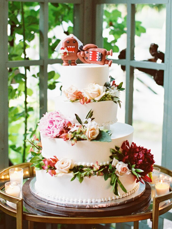 Classic Floral Wedding Cake with Domo Cake Toppers