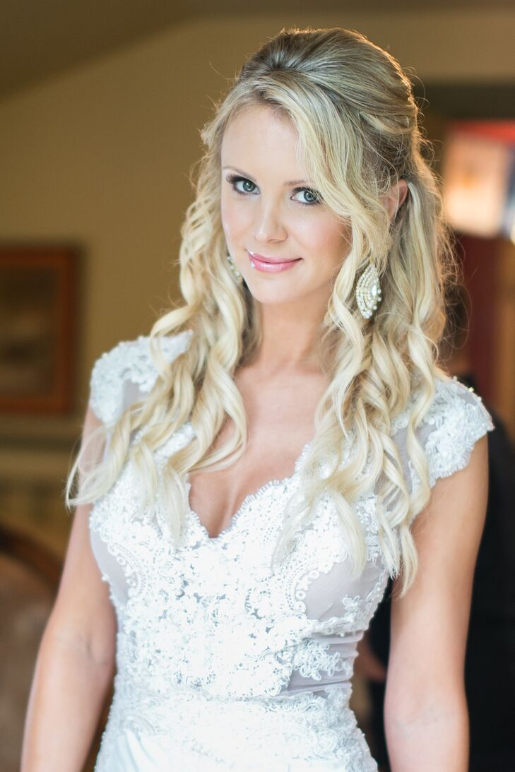 "Since Jessie has modeled hundreds of wedding dresses over 13 years, she knew she didn't want anything she'd seen before. ""I called a dress designer that makes dresses for Miss America and Miss USA,  that I had met at the Miss USA Georgia pageant, and together Randall Smith and I created my dream wedding dress!"""