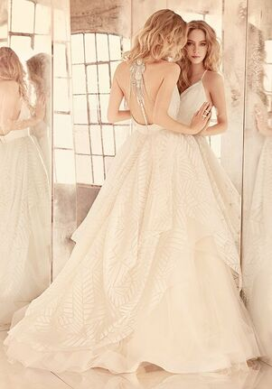 Hayley Paige Behati / Style 6550 Ball Gown Wedding Dress