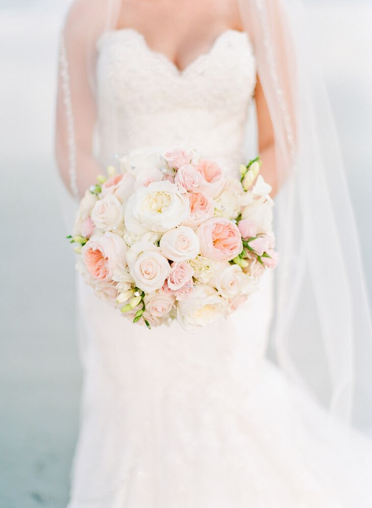 Classic, Romantic Garden Rose Bridal Bouquet