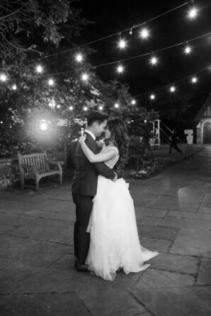 Classic First Dance at Skylands Manor in Ringwood, New Jersey