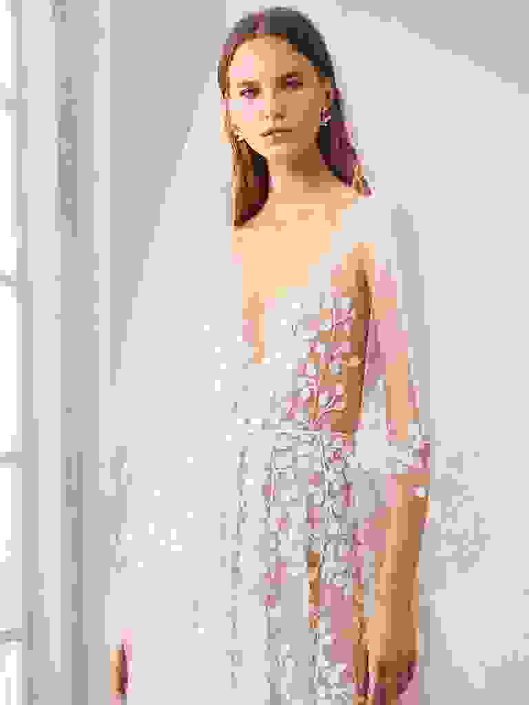 oscar de la renta wedding dress fall 2020