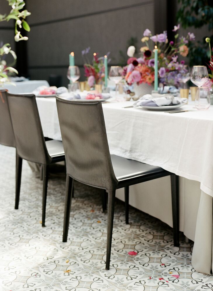 Modern Black Chairs for Reception at Sotto Sotto in Atlanta, Georgia