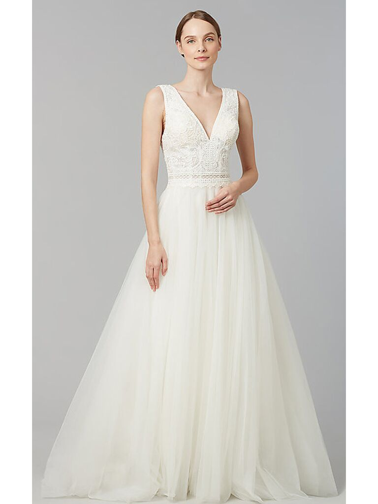 Sleeveless ball gown with lace bodice and tulle skirt