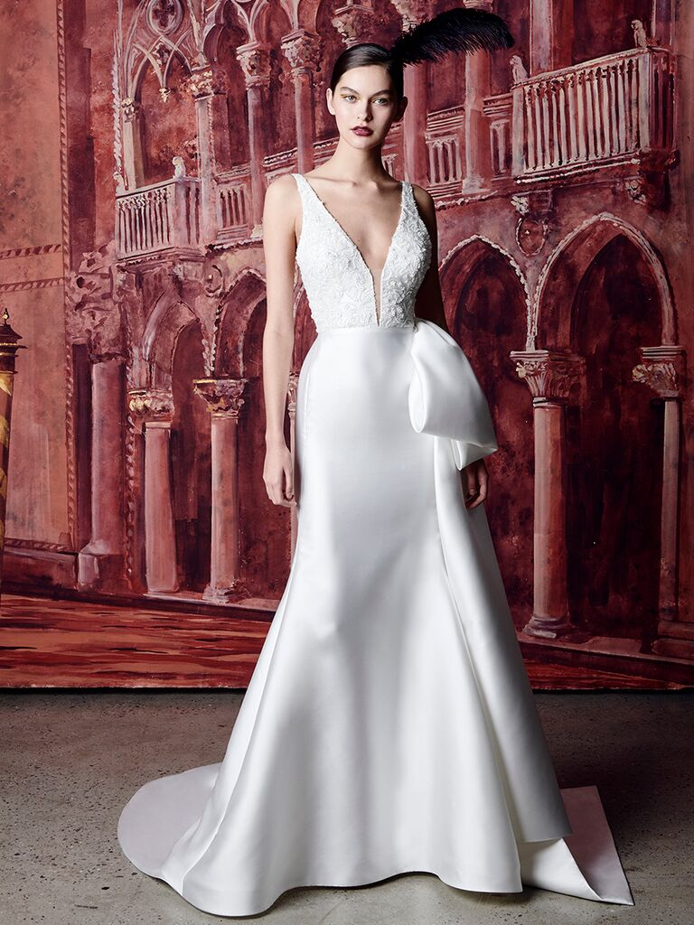 Fit-and-Flare Wedding Dress with Large Side Bow