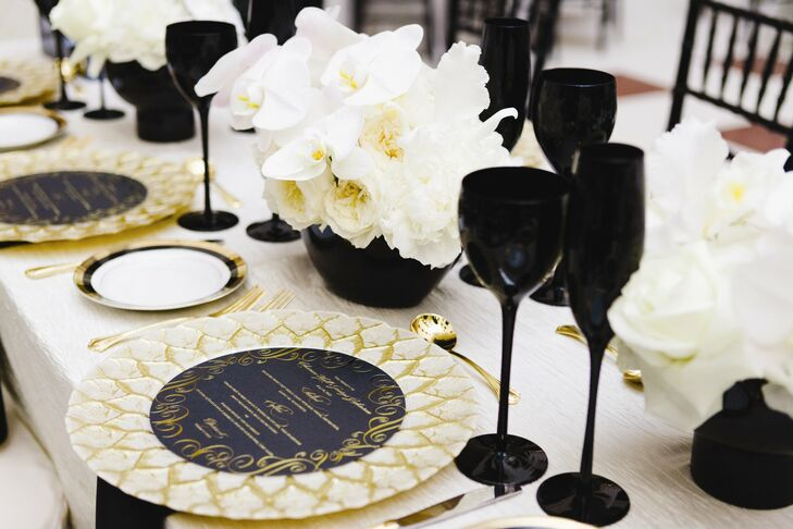 Black Gold And White Table Setting