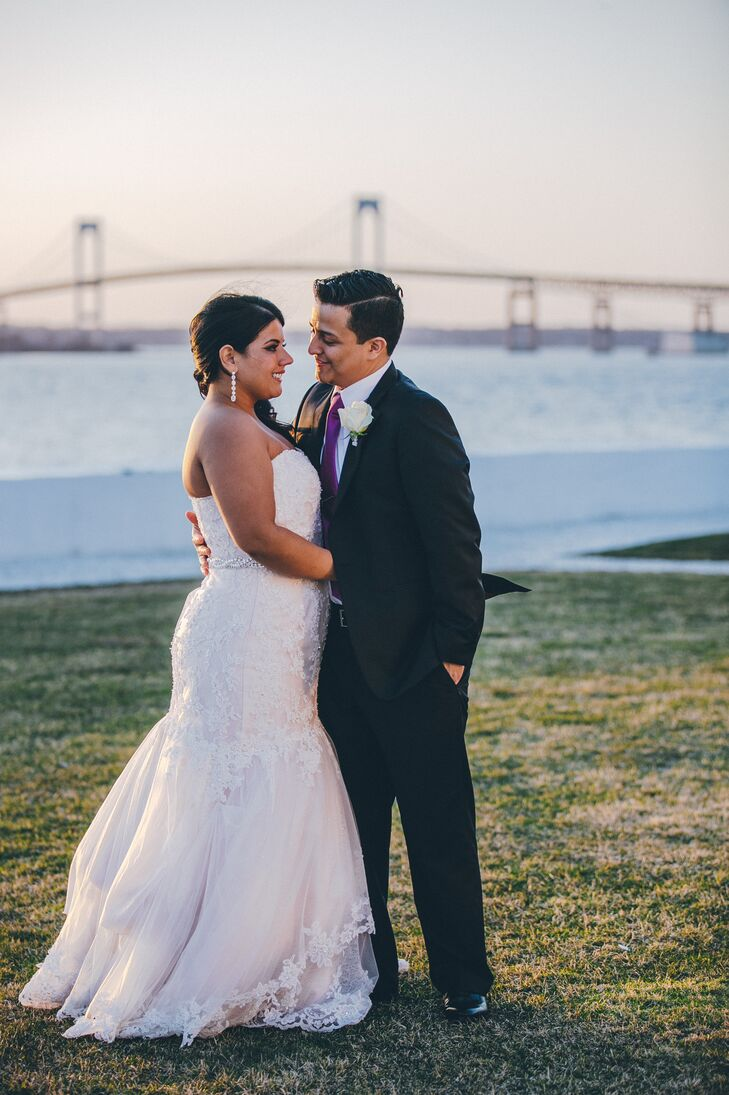 Jessica and Julio planned their wedding during an eight-month engagement.