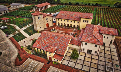 Villa Bellezza Winery - Romantic Italy. Only Closer.