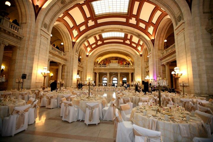 The Old Courthouse Serving Notheast Ohio Brides Oh