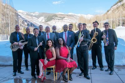 Groove 'N Motion (with the Rocky Mountain Horns)