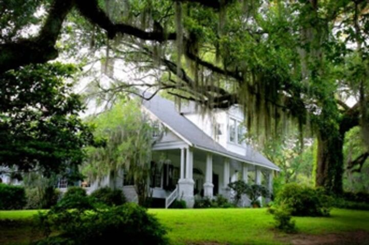 98a04daf-6467-49fb-8922-d449a1cf1048~rs_2001.480.fit White Southern Plantation Homes on red brick southern plantation homes, colonial southern plantation homes, creepy southern plantation homes, small southern plantation homes,