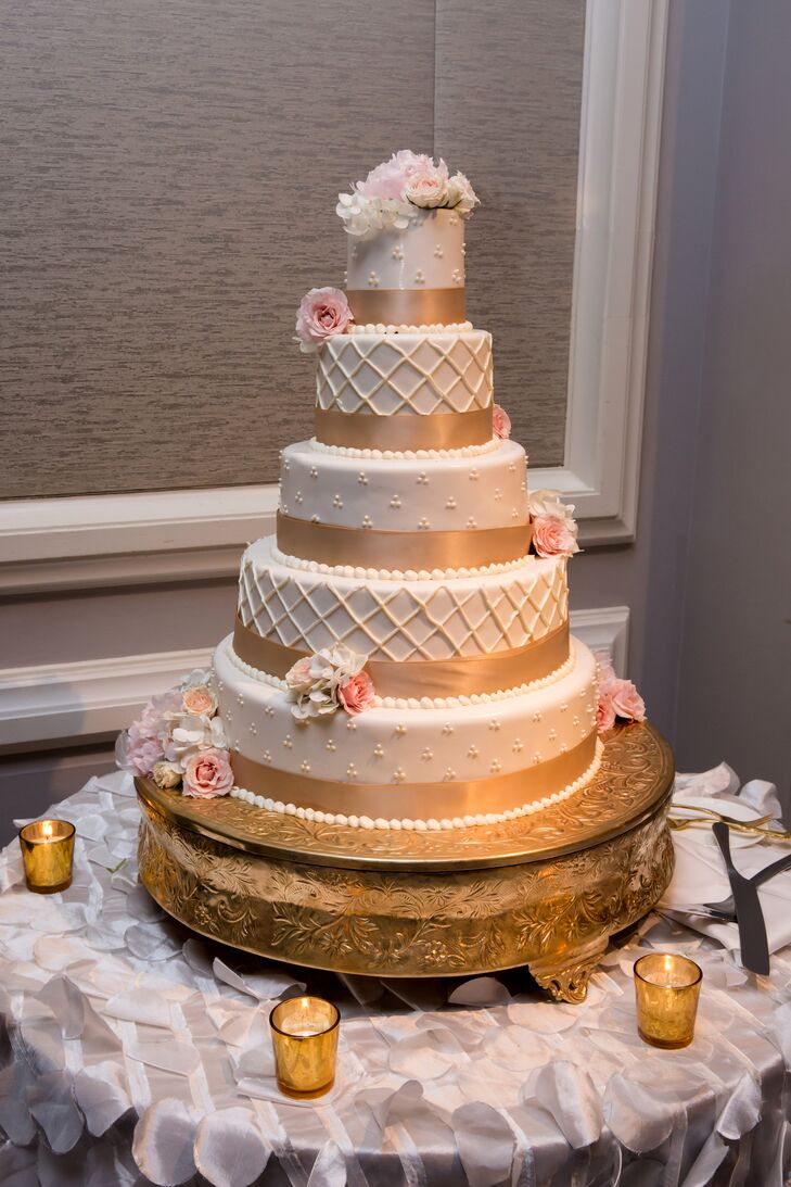 Tiered Ivory And Gold Wedding Cake Favorite The Ritz Carlton Naples S Pastry Chef Added To Theme With A