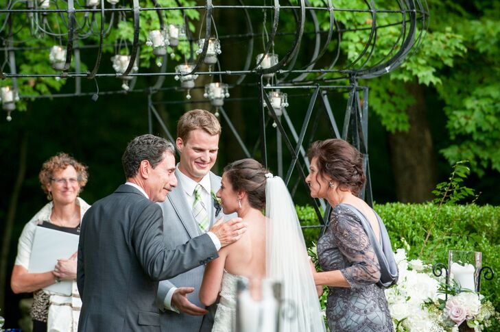Bridal Processional at Lord Thompson Manor