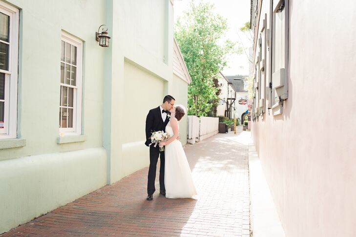 Alex and Bobby's wedding accents historic St. Augustine with the just the right blend of vintage and simplicity. The day started with an intimate firs