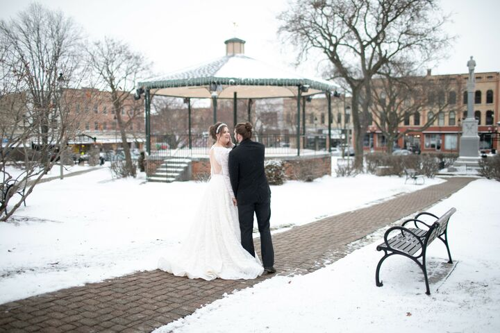 Ethereal Confections   Reception Venues - Woodstock, IL