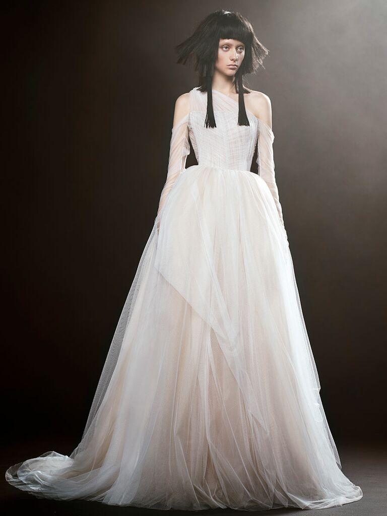 Vera Wang Bridal Spring 2017 Fashion Show   Vera wang