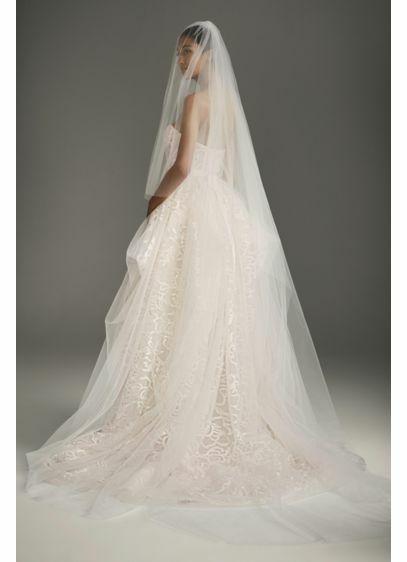 long vera wang veil