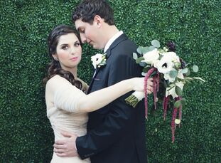 Karen Brown (31 and a digital assistant at HSN) and Joe Mele (31 and an air traffic controller at TPA) wanted their wedding to have a very romantic vi