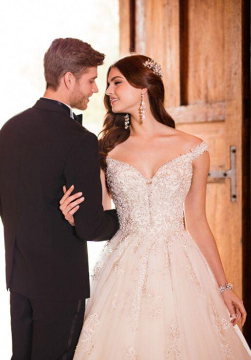 Essense of Australia D2379 Ball Gown Wedding Dress