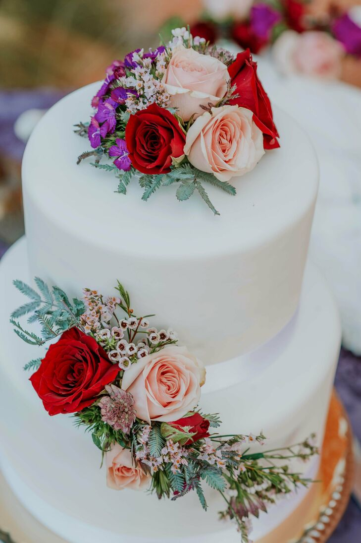 Modern Wedding Cake with Flowers and Fondant