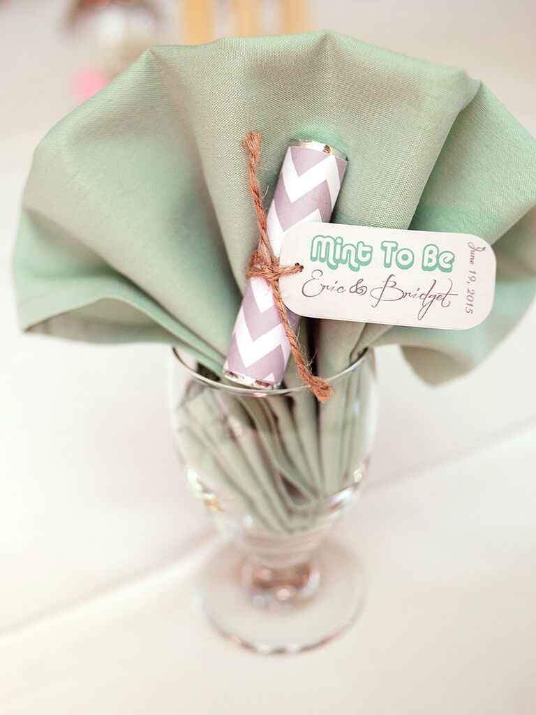 Punny 'mint to be' wedding favor idea