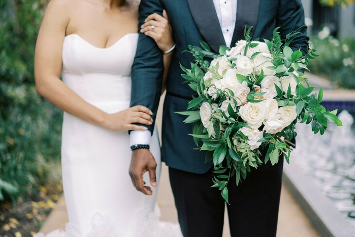 White-and-Green Bouquet for Wedding in Yountville, California
