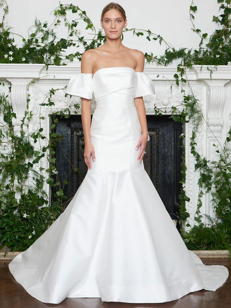 Monique Lhuillier Fall 2018 white mikado strapless draped trumpet wedding dress with statement back bow