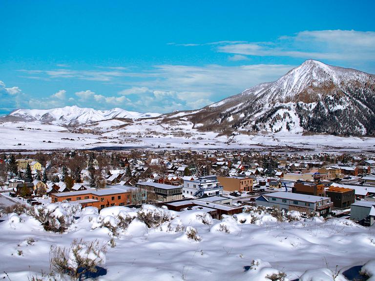 winter honeymoon destination Aspen, Colorado