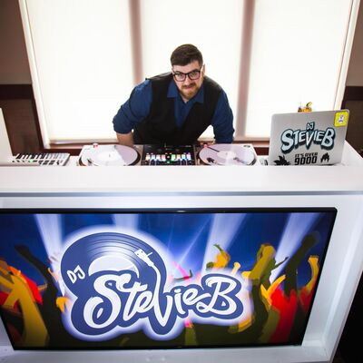 DJ Stevie B