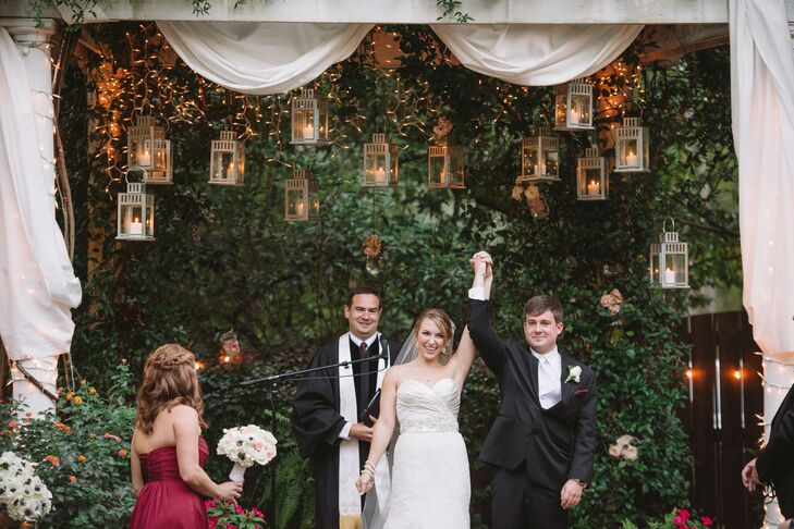Even though Stacy and Chris were planning a rustic barn wedding, they still wanted to ensure that they were hosting a formal affair.