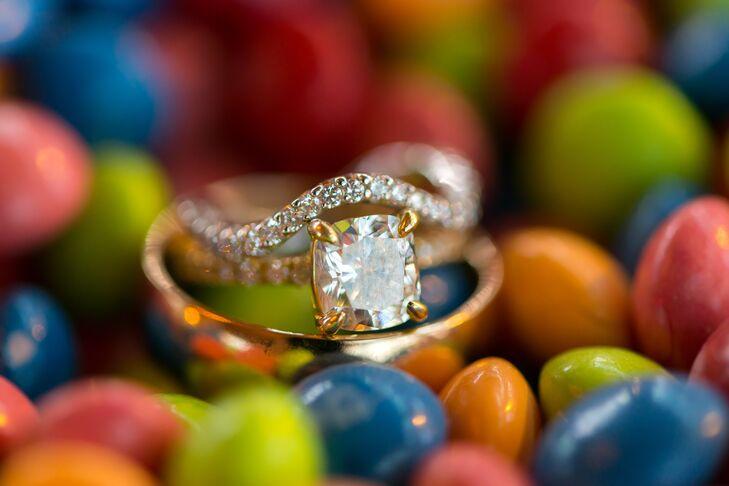 Cushion-Cut Diamond Gold Engagement Ring