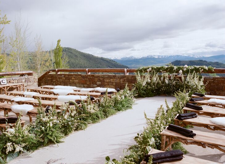 The ceremony took place on one of the resort's terraces with a view of the alpine landscape in the distance.