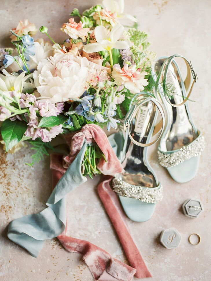 Pastel Bouquet and Shoes for Wedding in Cincinnati, Ohio