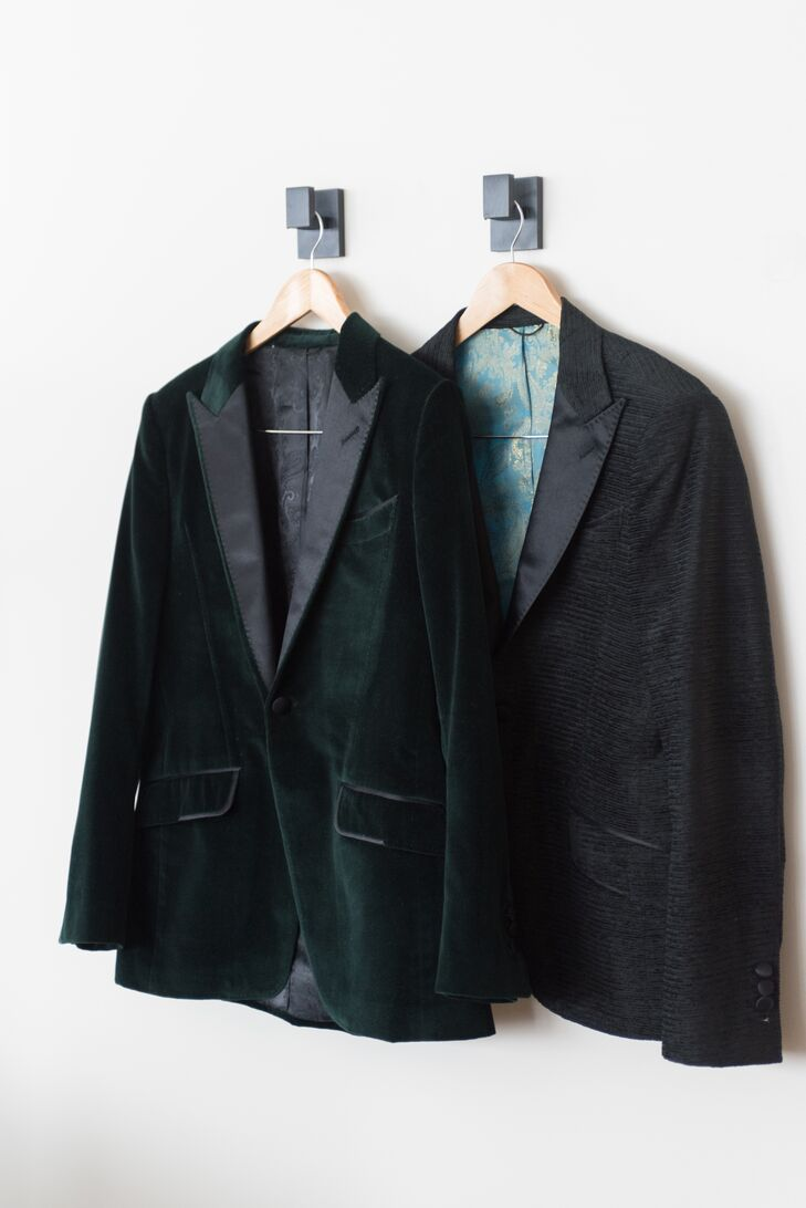After a failed attempt at tuxedo shopping, Mike donned an emerald green, velvet blazer with black peaked-lapel, while Michael rocked a textured velvet blazer. Both men sported bow ties and cozy winter scarfs.