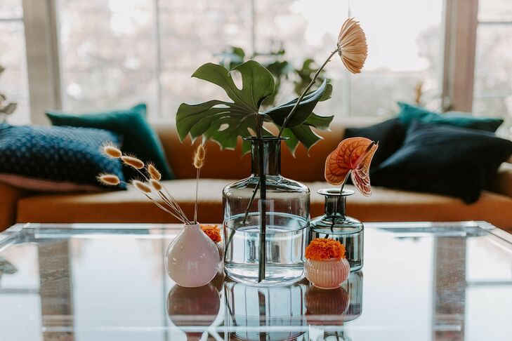 Vintage-Inspired Centerpieces with Anthurium and Bunny Tails