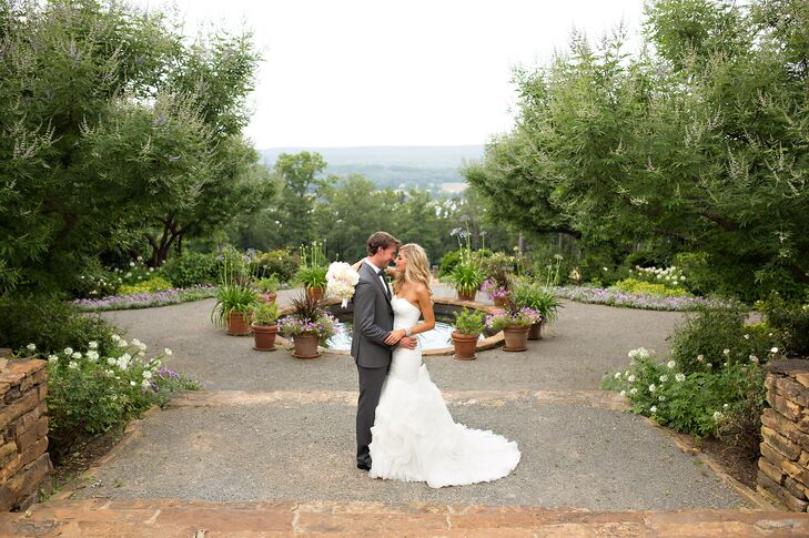 An Outdoor Wedding Overlooking Arkansas River