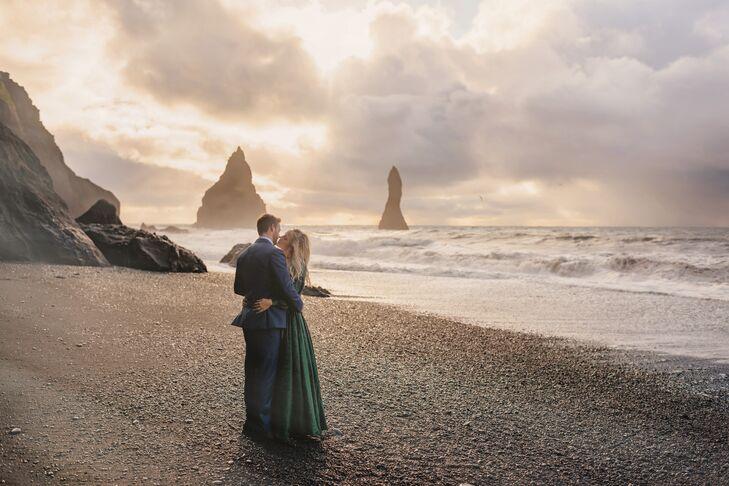 Iceland Beach Postwedding Photos