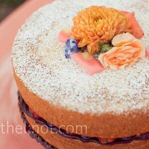 Berry and Chocolate Cake