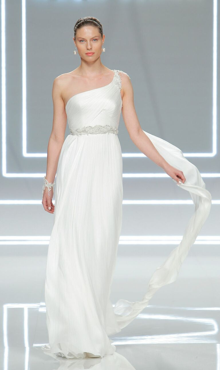 Rosa Clará 2017 Collection: Bridal Fashion Week Photos