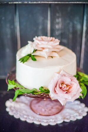 Single Tier Wedding Cake with Pink Roses