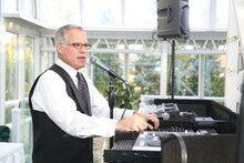 Chuck Russo - Professional DJ