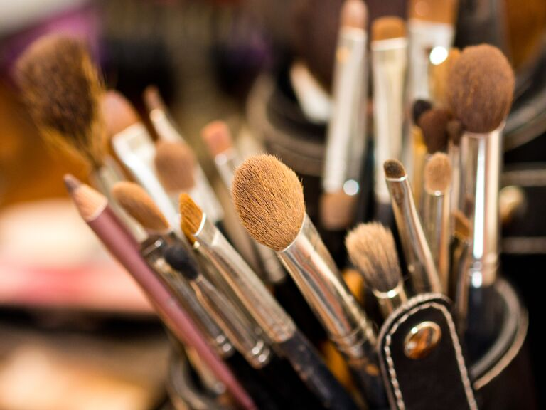 makeup brushes to help you get bridal glow