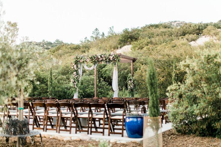 Mahogany Mountain Vineyard Ceremony