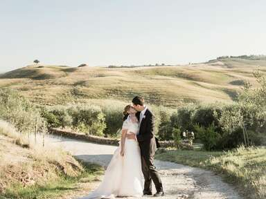 Bride and groom in Pienza, Italy